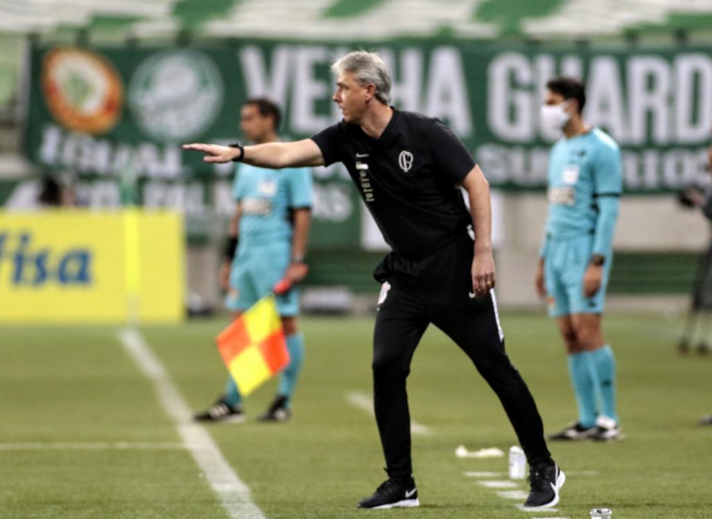 'Fizemos uma atuação de Corinthians, lutando até o final', diz Tiago Nunes – Jovem Pan