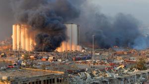 Presidente do Líbano diz não descartar bomba em explosão no porto de Beirute