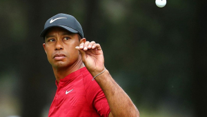 O jogador de golfe Tiger Woods durante um jogo