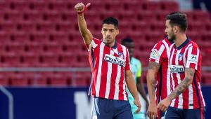 Suárez marca dois gols na estreia pelo Atlético de Madri