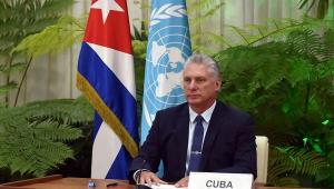 Presidente de Cuba repudia 'agressividade' dos EUA e defende médicos