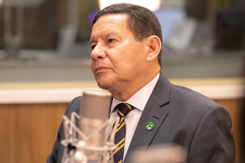 Mourão diz que reforma administrativa 'deveria ser mais profunda'   Jovem  Pan