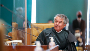 Marco Aurélio vota para que Bolsonaro preste depoimento por escrito