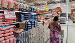 Tereza Cristina descarta tabelar arroz e diz que maioria dos produtores preserva o meio ambiente