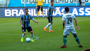 Palmeiras e Grêmio empatam em 1 a 1 no Rio Grande do Sul