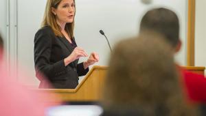 Imprensa dos EUA especula nome de sucessora de Ruth Bader na Suprema Corte