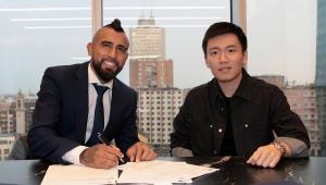 Vidal deixa o Barcelona e já assina com novo clube
