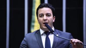 Deputado critica 'decisão bizarra' do TSE que permite candidaturas de condenados pela Ficha Limpa