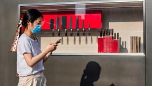 'China exporta o vírus e desrespeita contratos', diz Augusto Nunes sobre impasses na liberação de insumos