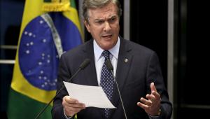 Impeachment é banalizado no Brasil e afastamento de Dilma foi ato político, diz Collor