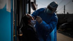 Brasil registra 32 mil novos casos de Covid-19 em 24h; São Paulo se aproxima de 1 milhão de infectados