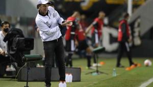 Cuca se preocupa com maratona de jogos e vê Marinho perto da Seleção: 'Quem sabe'