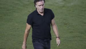 Após empate, Cuca aponta desequilíbrio no elenco do Santos: 'Temos dificuldades'