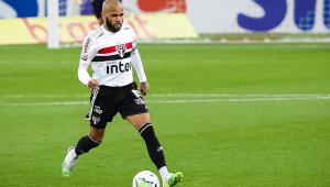 Daniel Alves pede São Paulo 'no limite da perfeição' para ganhar do River Plate