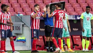 Diego Costa brinca sobre parceria com Suárez: 'Um mordendo e o outro batendo'