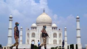 Mesmo com avanço da Covid-19, Índia reabre Taj Mahal ao público