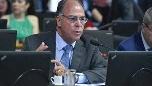 Governo manterá proposta de usar Fundeb e precatórios para financiar Renda Cidadã, afirma Fernando Bezerra