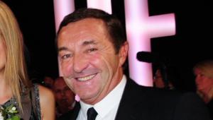 Ex-diretor de super agência de modelos é acusado de estupro na França