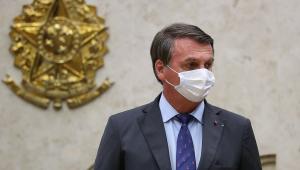 Josias: Para fazer média com eleitorado humilde, Bolsonaro coloca ministros para brigarem entre si