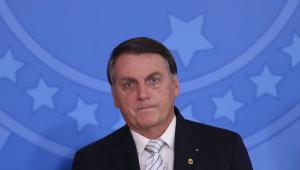 Em meio a críticas de Bolsonaro, embaixada da China defende Coronavac