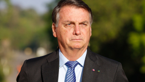 'Duvido que o STF vai obrigar alguém a tomar a vacina', diz Bolsonaro