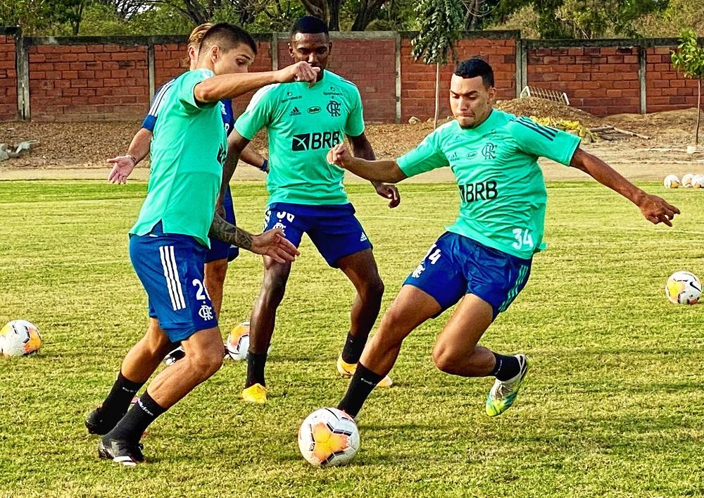 Surto No Flamengo Clube Anuncia Mais Dois Casos De Covid 19 Total Chega A 9 Jovem Pan