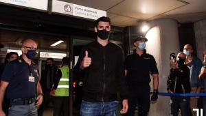 Morata chega a Turim para assinar contrato com a Juventus
