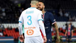 Neymar é punido com suspensão de dois jogos por confusão com González