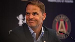 Seleção da Holanda anuncia histórico ex-zagueiro como novo treinador