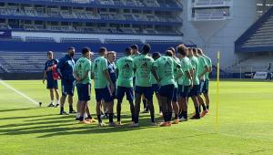 Avião que levava 'reforços' do Flamengo a Guayaquil dá meia volta e retorna ao Brasil
