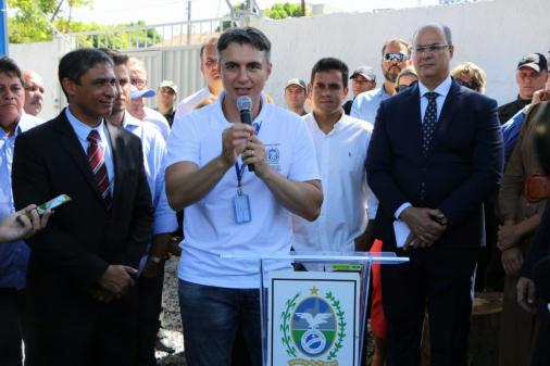 Pedro Fernandes, secretário estadual de Educação do Rio, é preso; ex-deputada é procurada