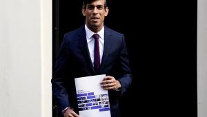 Após alta dos casos de Covid-19, Reino Unido vai pagar parte dos salários de trabalhadores