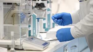 Constantino: Laboratório mostra responsabilidade; processo de vacina contra a Covid-19 não pode ser acelerado