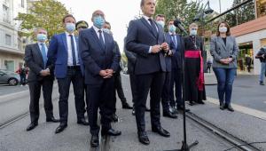 'A França está sendo atacada', afirma o presidente Emmanuel Macron