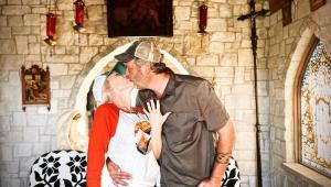 Finalmente! Gwen Stefani e Blake Shelton estão noivos