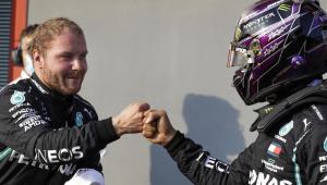 Bottas supera Hamilton na última volta e é pole do GP da Emiglia-Romagna