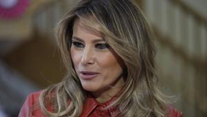 Ainda com sintomas de Covid-19, Melania Trump cancela agenda