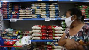 Pressionada por alimentos, prévia da inflação vai a 0,94% em outubro, maior alta para o mês desde 1995