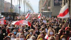 Bielorrússia entra em greve geral até que o presidente renuncie