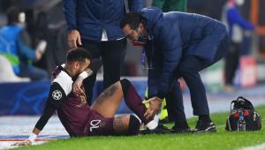 Mais uma lesão? Neymar deixa partida do PSG e vira dúvida para a seleção