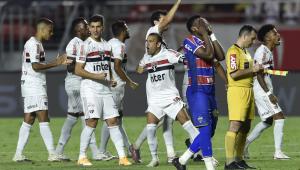 São Paulo bate Fortaleza nos pênaltis e avança na Copa do Brasil