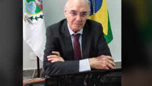 Senador Arolde de Oliveira morre vítima de Covid-19