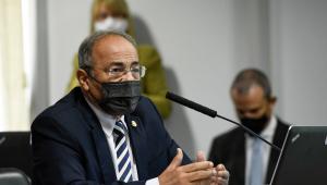 Chico Rodrigues deve voltar ao Senado, mas ninguém sabe se haverá festinha para o 'senador da cueca'