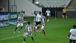 CBF altera data do clássico entre Santos e Corinthians no Brasileirão