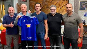 Após recusar primeiro convite, Felipão aceita comandar novamente o Cruzeiro