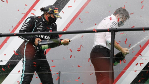 F1 em Portugal: Hamilton vence, passa Schumacher e vira recordista de conquistas