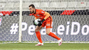 Em estreia de Vagner Mancini, Corinthians derrota Athletico-PR