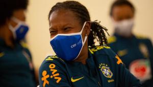 Seleção brasileira feminina se apresenta para sessão de treinos em Portugal