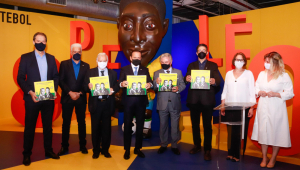 Em evento, Doria promete medalha a Pelé e critica Bolsonaro por falta de homenagem ao Rei