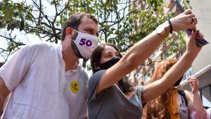 Em agenda eleitoral, candidatos à Prefeitura de SP prometem atender demandas sociais